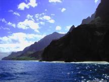 Klippen am blauen Meer