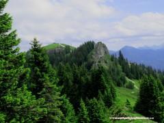 22-Blick ins Tal auf Almhütten
