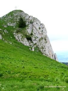 32-Blick auf Gipfel und Marterl