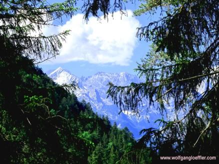 Blick ins Wettersteingebirge
