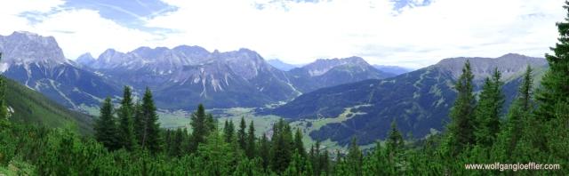 041-panorama ehrwalder becken