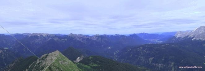 064-panorama richtung osten vom daniel